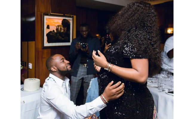 Davido proposing to a pregnant Chioma with her baby bump