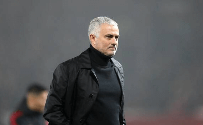 Jose Mourinho joins premier league scuffle as Tottenham Hotspur's new manager
