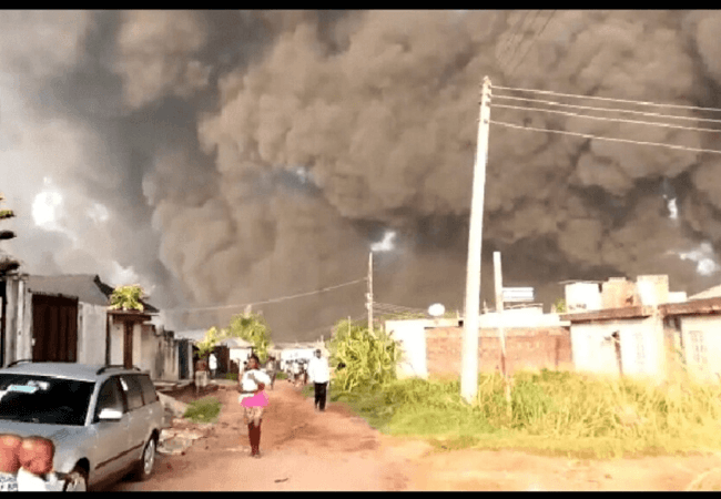 Massive fire in Isheri as pipeline allegedly explodes in Gloryland estate