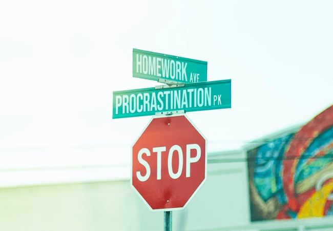 Monday Motivation: How to stop procrastinating and start doing!