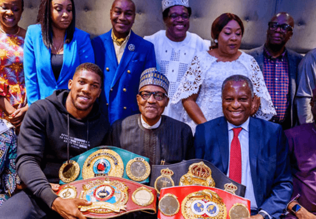 Anthony Joshua presents his championship belts to President Buhari in this heartwarming way [photos]