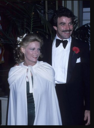 Jacqueline Ray and Tom Selleck at their wedding in 1971. Image: Pinterest, @Linda Sibbald Source: UGC