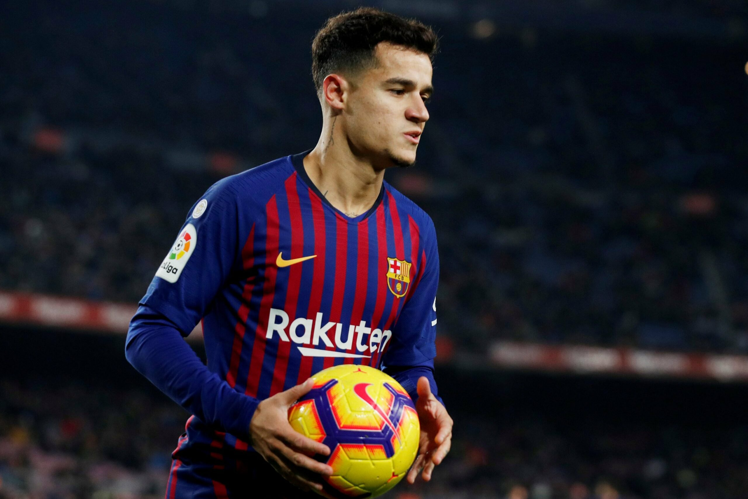 Barcelona to be without Philippe Coutinho for three or four months due to injury