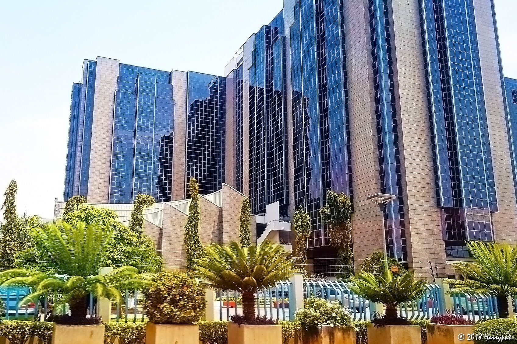 FG stops telecos intended USSD services withdrawal over banks debts