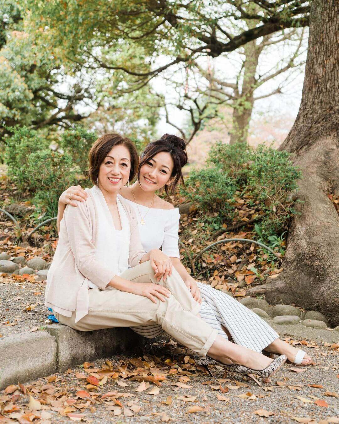 Karen Fukuhara and her mother in a park