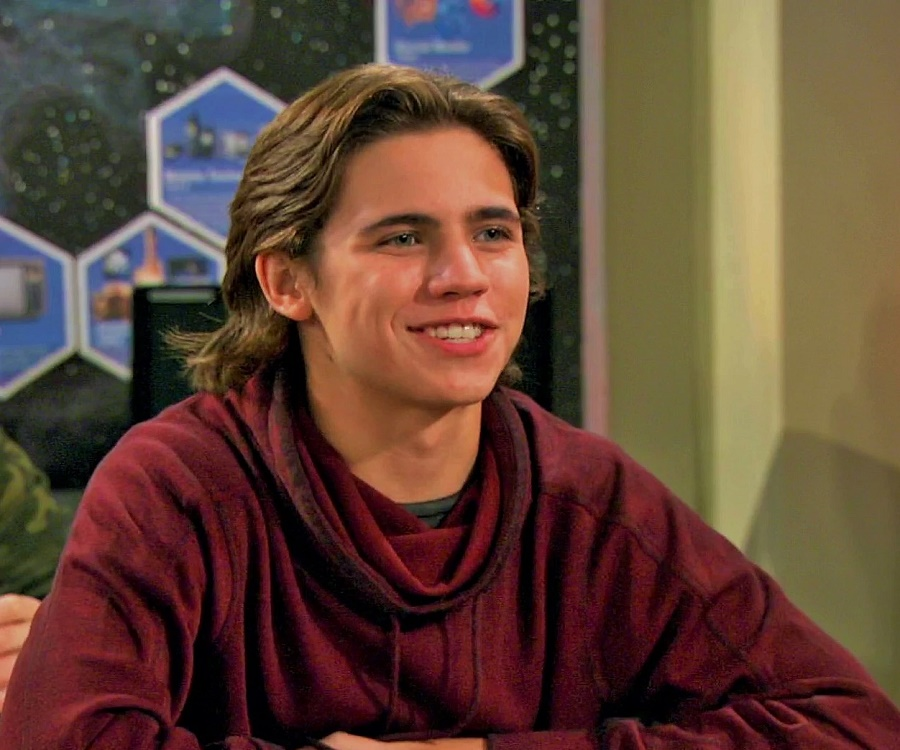 Facts about Tanner Buchanan Robby in Cobra Kai, Girlfriend, Kissing, Net Worth